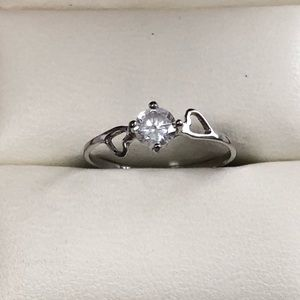 Jewelry - Sterling Silver Ring with Heart Details